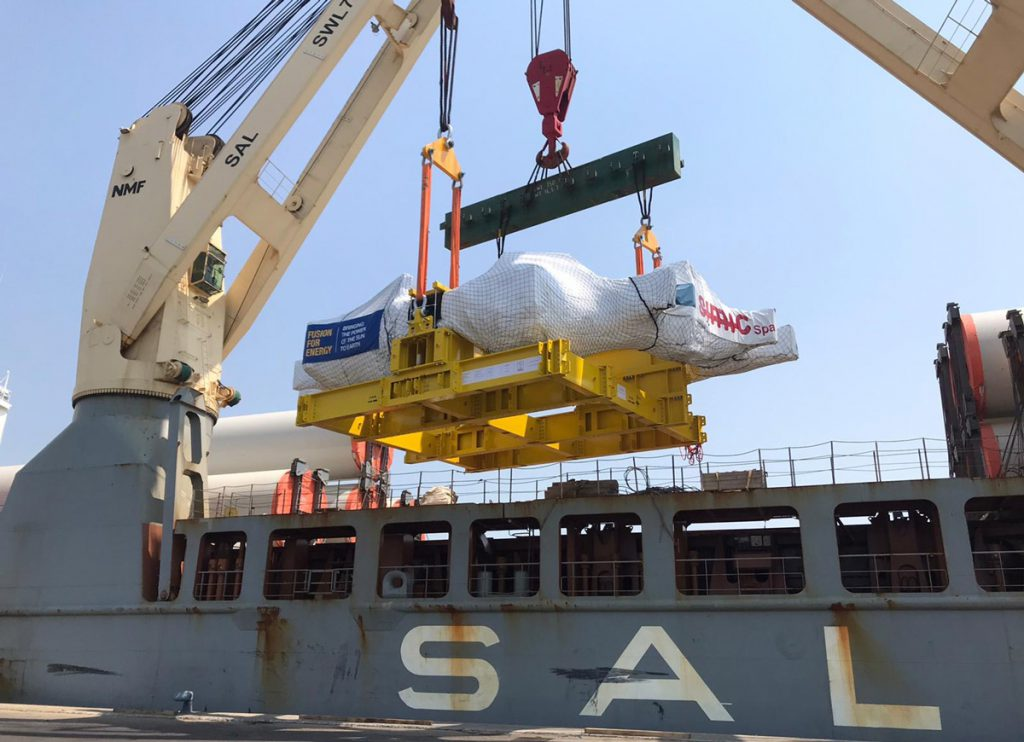 Loading Europe's second Toroidal Field coil
