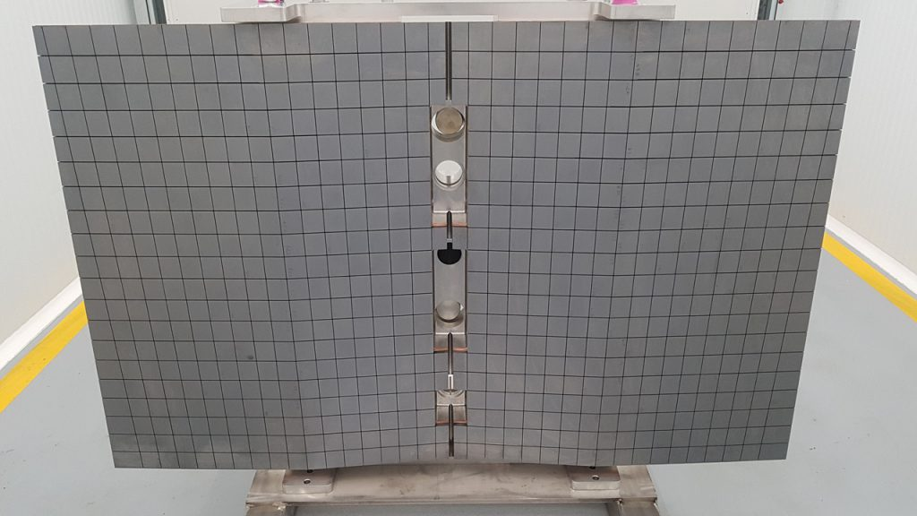Real-size prototype of first wall panel