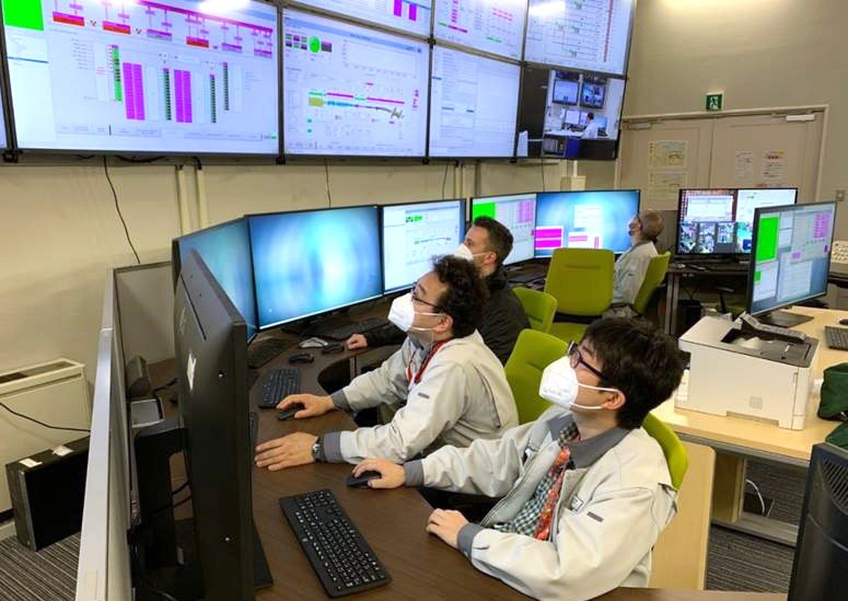 Radio Frequency injection trials in the LIPAc accelerator carried out for the first time from the central control room.